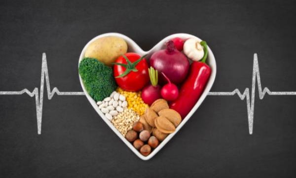 arco con frutta e verdura