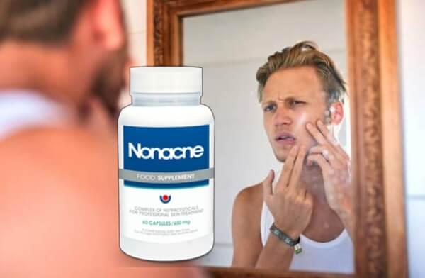 uomo con l'acne, nonacne
