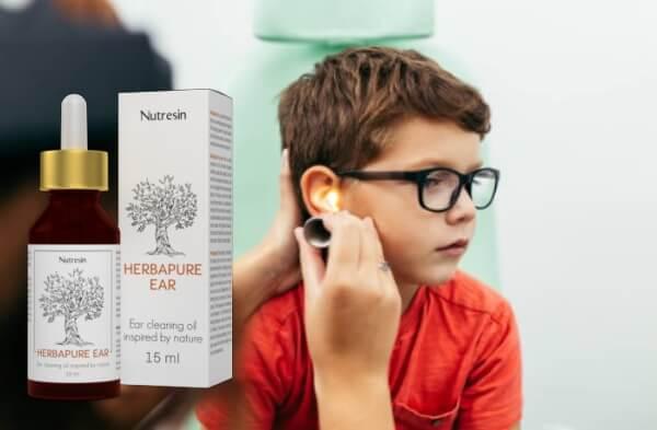 bambino, controllo dell'orecchio