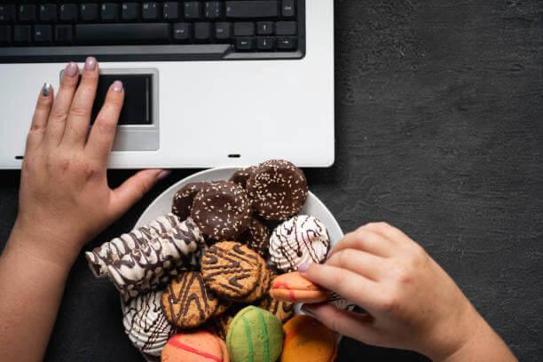 mangiare, dolci, laptop
